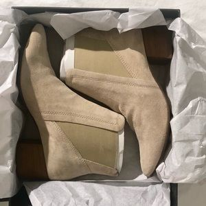 House of Harlow 1960 Gwendolyn Boot sz 9